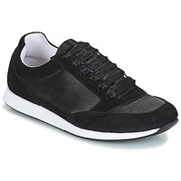 Cipők Női Rövid szárú edzőcipők André OPERA Fekete