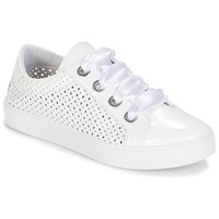 Cipők Női Rövid szárú edzőcipők André BEST Fehér