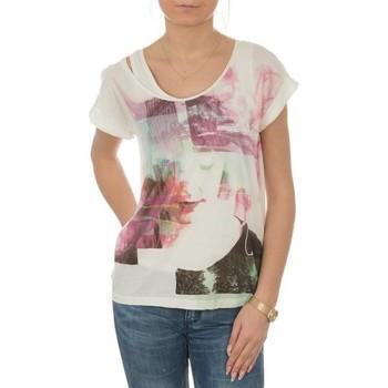 Ruhák Női Rövid ujjú pólók Lee T-shirt  Night Cloud Dancer L485AUHA biały