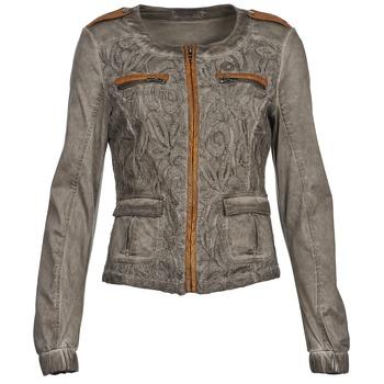 material Női Kabátok / Blézerek Cream SPORTY Tópszínű