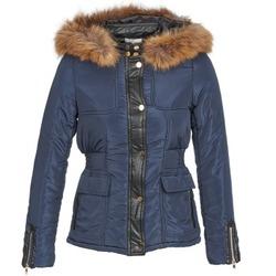 Ruhák Női Steppelt kabátok Betty London BAMBOU Tengerész