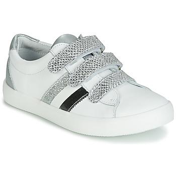 Cipők Lány Rövid szárú edzőcipők GBB MADO Fehér / Ezüst