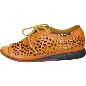 Cipők Női Szandálok / Saruk Moma BX962 Sárga
