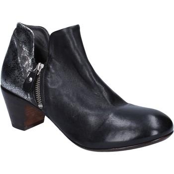 Cipők Női Bokacsizmák Moma BT38 Fekete