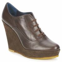 Cipők Női Bokacsizmák Castaner FUSTA Barna
